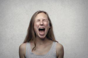8 טיפים להתמודדות עם כעס המתבגר שלך